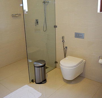presidential_suite_room_washroom